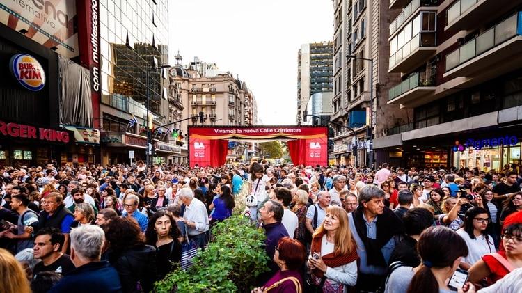 Apertura de Telón. Nueva Calle Corrientes