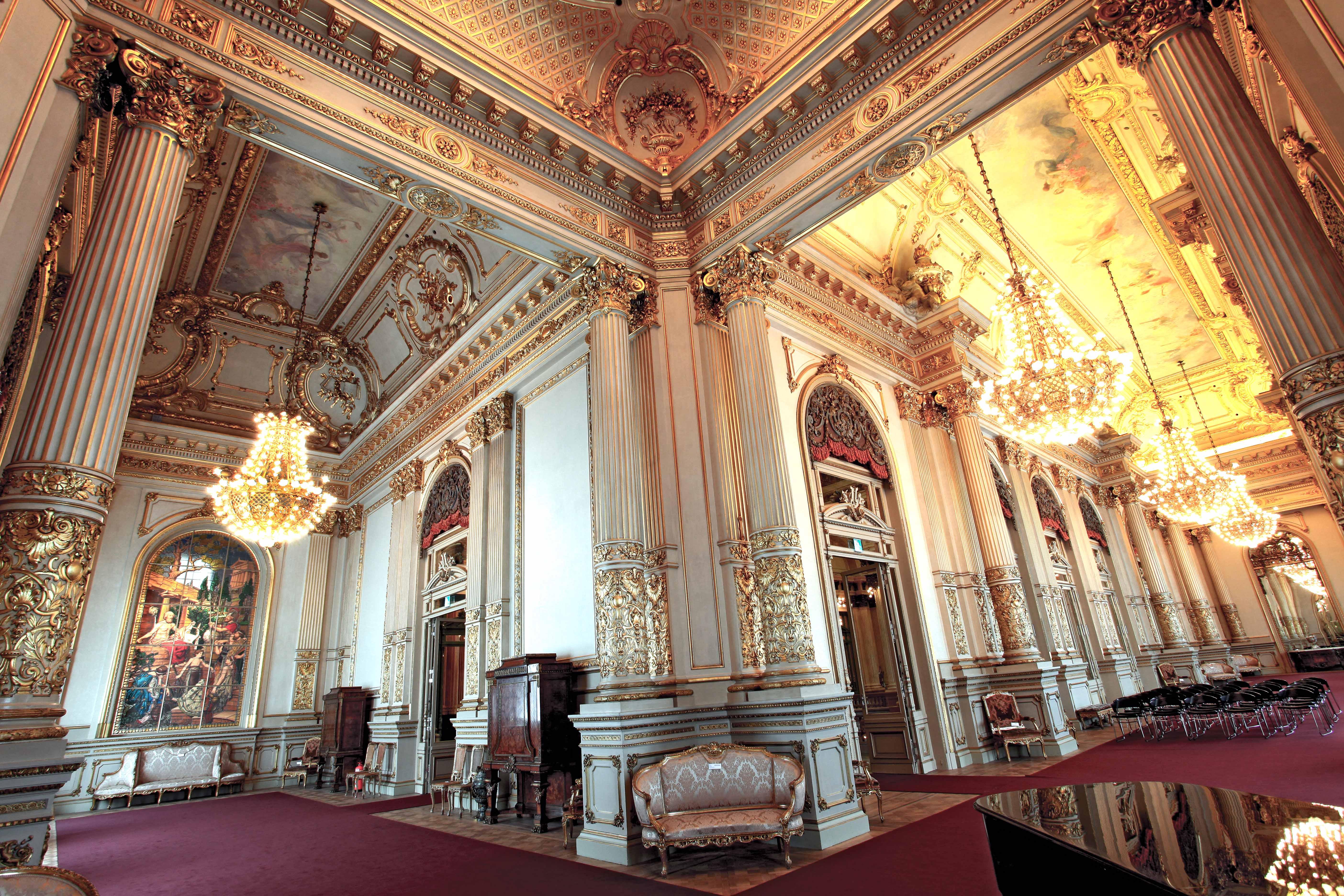 Ahora sí los bebés pueden disfrutar del Teatro Colón