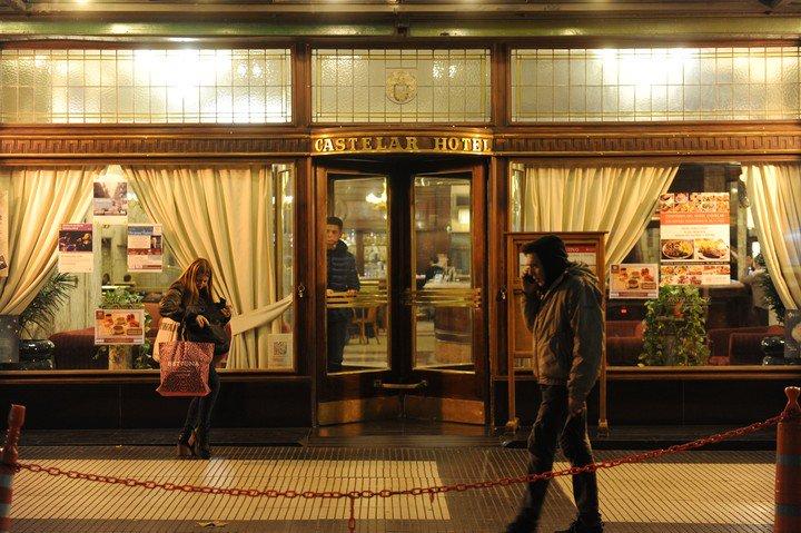 El Hotel Castelar, un clásico que se mantiene hasta hoy. Foto: Martín Bonetto