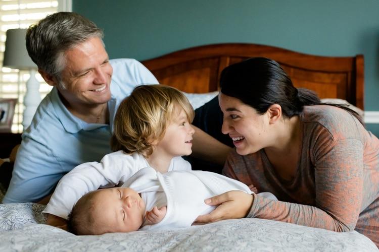 La mayoría de los porteños vive en familia y las mujeres tienen, en promedio, dos hijos (Pixabay)